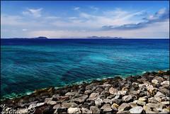 Vue sur Fuerteventura. (nanie49) Tags: blue españa azul island volcano nikon europe fuerteventura ile lanzarote canarias bleu d750 blau canaries espagne isla atlantico volcan atlantique nanie49