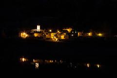 Lanuza. (carlosgsanmillan) Tags: nightphotography españa water night canon eos noche town spain agua village pueblo pantano nightshoot reflejo 1855 lanuza pyrenees jaca pirineos sallent gallego aragón 450d