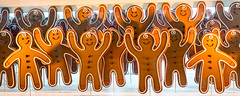Gingerbread men (vpickering) Tags: windows holiday man window store holidays display gingerbread lord displays taylor lordtaylor storewindow windowdisplay storewindows gingerbreadman gingerbreadmen windowdisplays 2015
