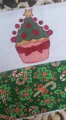 Pano de prato (Criao Exclusiva da Ane) Tags: natal cupcake patchwork cozinha pinheiro aplicao barrado panodeprato pinheirinhodenatal apliqu