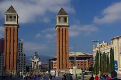 Visitons Barcelone (PierreG_09) Tags: barcelona españa architecture spain bcn catalunya espagne cataluña barcelone espanya catalogne placedespagne avreinamariacristina