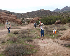 038 A Trail Junction Control (saschmitz_earthlink_net) Tags: 2017 california orienteering vasquezrocks aguadulce losangelescounty laoc losangelesorienteeringclub