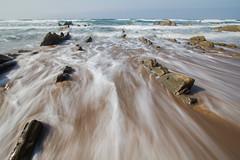 Playa Barrika (LuigiCarluti) Tags: playa barrika vizcaya agua olas