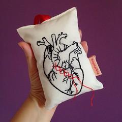 Coração (Carol Grilo • FofysFactory®) Tags: fofysfactory carolgrilo sachet sache perfume bordado embroidery handmade craft decor decoração