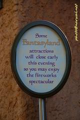 Disneyland (Narwal) Tags: disneyland anaheim ca california usa 美國 加州 迪士尼 樂園 sign 標誌 標示