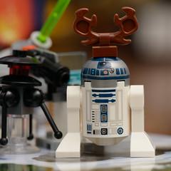 LEGO Star Wars Advent Calendar 2015, set 75097 (Andrew D2010) Tags: starwars lego ewok walker r2d2 stormtrooper r2 jawa atat legostarwars droid c3po chrismas hoth catapult stardestroyer gunturret millenniumfalcon sandcrawler 2015 3po adventcalender 75097 awingstarfighter legostarwarsadventcalendar jabbassailbarge ewokweaponrack blasterrack hothcommandpost emperialprobedroid