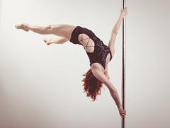 Tania (Danimawii) Tags: upsidedown pole strength poledancing poledancer bocaabajo acrbata