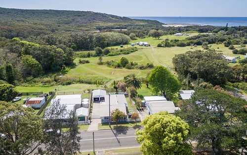 33 Flowers Drive, Catherine Hill Bay NSW 2281