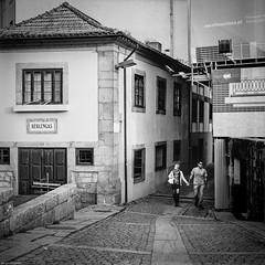 Walking around... (Sérgio Miranda) Tags: 120mm 6x6 photography sérgiomiranda analogphotography arsat80mm bw blackandwhite filmisnotdead filmphotography hp5 kiev88 kiev88cm kodak kodaktrix mediumformat monochrome oporto people porto portugal sergiomiranda squarephotography street streetphotography trix