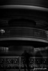 Fugaz (jesus pena diseño) Tags: jpena jpenaweb jesuspenadiseño madrid streetphotography noir noria blackandwhite people silluette siluetas winter joy drama spain tiovivo feria alone weather night ferriswheel