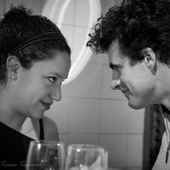 F0790 ~ Tête à tête... (Teresa Teixeira) Tags: lisbon bela fados friends joana pedro teresateixeira