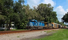 CSX Q213 making its way south with CEFX 3175 in the lead seen here passing through Bryceville, FL with the old historic farm house off Church St. back in the trees. Wouldn't be a bad house to live for us railfans (MrRailfan) Tags: train florida sub rr fl freight callahan csx emd cefx sd402 3175 leaser bryceville q213