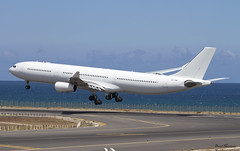 Hi-Fly A340-300 CS-TQM (birrlad) Tags: airplane islands airport thomas glasgow aircraft aviation ace airplanes cook lanzarote landing finals airline airbus canary arrival airways approach airlines runway airliner ops a340 arrecife arriving a340300 a343 hifly a340313 cstqm