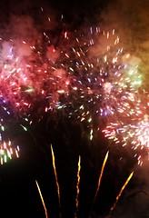 Queima de fogos de artifcio (jaques_amanda) Tags: picture firework noite fotografia festa fogos foguete