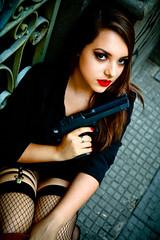IMG_9423-2 (danielevsilva) Tags: girls hat brasil gun noir photoshoot fav paulo sao mafia ganster