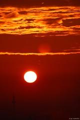 Sept 2015: sunrise over Frankfurt II (T.Flat ッ) Tags: morning light sun sol beautiful sunrise canon germany deutschland eos licht soleil solar nice hessen frankfurt sigma morningglory sonne sonnenaufgang allemagne canoneos morgen fra frankfurtammain frankfurtmain francfort matin hesse höchst industriepark solaire morgenlicht sunrising schön solare 600d leverdusoleil frankfurtm rheinmaingebiet sigmadc rhinemainarea eos600d canoneos600d sigmadc18250mm mainebene sigmadc18250mm13563macrohsm