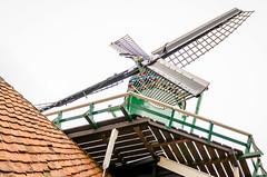 _DML1446 (duncen.mcleod) Tags: windmill ren marken zaanseschans molens paardvanmarken oudehuisjes