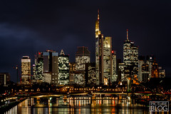 Frankfurt Skyline (Pictureblog.co.uk) Tags: city skyline river germany hessen skyscrapers frankfurt mainhatten