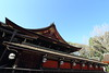 Shrine architecture (Teruhide Tomori) Tags: 北野天満宮 京都 神社 伝統文化 木造建築 日本 japan lantern kyoto woodenarchitecture building construction traditional kitanotenmangushrine architecture