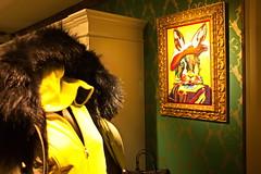 Albrecht Rabbit (RadarO´Reilly) Tags: hase rabbit schaufenster storewindow bild picture gemälde painting humor humour