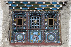 Tibetan House's window (Sophie et Fred) Tags: nepal house window architecture trek village kingdom lo tibetan mustang himalaya maison fentre chele 2015 royaume tibtain