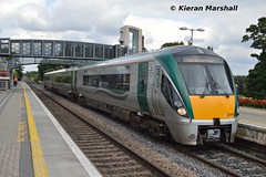 22059 at Portlaoise, 9/9/15 (hurricanemk1c) Tags: irish train rail railway trains railways irishrail rok rotem portlaoise 2015 icr iarnród 22000 22059 éireann iarnródéireann 3pce 1530heustonportlaoise