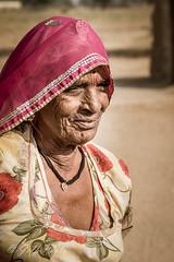 Vieille femme (Jeff-Photo) Tags: voyage portrait india asia asie rajasthan inde in ind indienne portraitdefemme continentsetpays