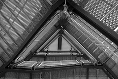 mesh (Jacques Tueverlin) Tags: bw abstract texture architecture composition canon deutschland eos blackwhite triangle mesh steps struktur structure treppe staircase architektur canoneos gitter stufen treppenhaus 2015