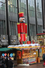 Weihnachtsmarkt Bremen (Davydutchy) Tags: xmas germany giant weihnachten deutschland december market weihnachtsmarkt nutcracker bremen jul nol markt allemagne hb kerstmis kerst 2015 nussknacker notenkraker navidadchristmas