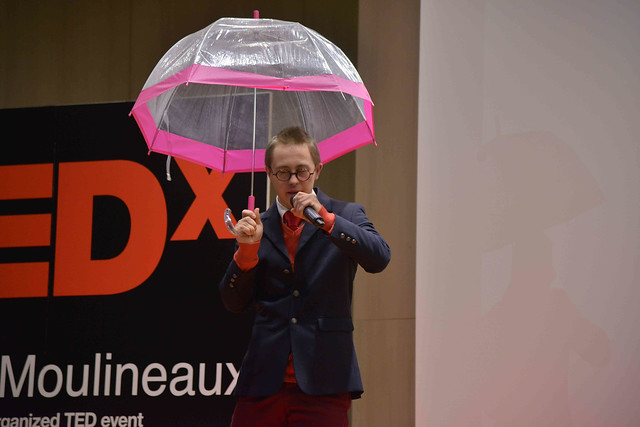 2016-11-23 - TEDxIssy-01 - Speakers (19h16m23) - Maxence REQUILLART