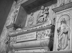 1631 - Santa Sabina (Diego Rosato) Tags: santa saint sabina chiesa church marmo marble bassorilievo binconero blackwhite roma rome fuji x30 rawtherapee
