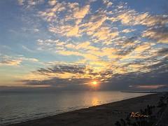 Buenos días, día!!!!!! (AGirau ...) Tags: agirauflickr flickr agirau luz nubes sol amanecer mar mediterraneo