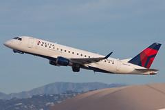 Delta Connection (Compass Airlines) Embraer ERJ-175 N638CZ (jbp274) Tags: lax klax airport airplanes compassairlines compass cp embraer erj175 e175 deltaconnection
