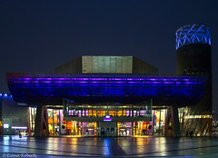 The Lowry (Eiona R.[back in a bit]) Tags: afterdark salfordquays manchester salford thelowry england unitedkingdom gb