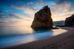 Matí de calma (vilchesdavid) Tags: morning sunrise amanecer calma calm illaroja begur emporda costabrava seascape landscape rock cala beach playa nikon longexposure tokina