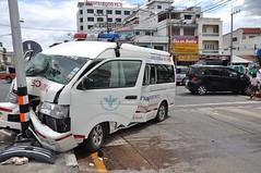 รถฉุกเฉิน ภาพจาก http://news.mthai.com/general-news/354961.html