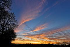 Der Himmel auf Erden (grafenhans) Tags: sony alpha 700 alpha700 a700 tamron 281750 himmel farben color sonnenuntergang wolken winter grafenwald gegenlicht