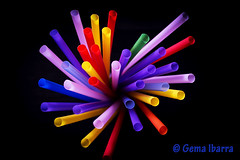 Colorful drinking straws por Gema Ibarra (GemaIbarra1) Tags: pink blue original red party summer orange green yellow blackbackground festive fun spring funny holidays colours purple drink violet nopeople plastic blackground multicolored liquid foodanddrink isolated partytime futuristic flexibility bending vibrantcolor drinkingstraw groupofobjects colorimage plasticstraw highangleview holidaysandcelebrations isolatedonblack explosionofcolors cocktailstraw drinksutensil