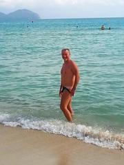 spiaggia libera Playa de Muro (SergioBarbieri) Tags: beach swimming happy holidays mediterraneo tan swimsuit neptune 90 sunbathing nuoto bronzage bronzer vacanze mediterraneansea balearicislands maiorca bagnasciuga marmediterraneo prendereilsole spiaggialibera tintarella playademuro athleticbody freebeach   plagelibre