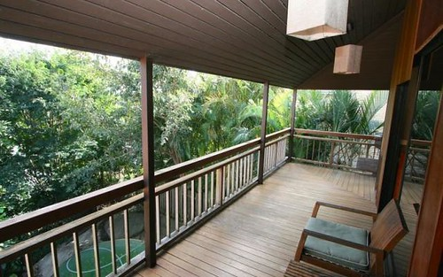 7 Cominan Av, Banora Point NSW 2486