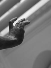 Proserpina's Hand (failing_angel) Tags: london museum va pluto kensington proserpina victoriaalbertmuseum kensingtonchelsea plutoandproserpina 181214 vincenzoderossi 1stviscountastor