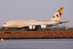 Etihad Airways Airbus A380-861 A6-APC (Mark Harris photography) Tags: plane canon aircraft 5d spotting sydneyairport airbusa380 yssy etihad