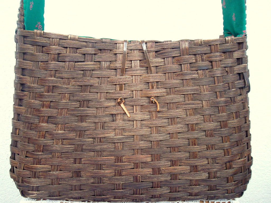 The world 39 s best photos of retro and woven flickr hive mind - Wicker beehive basket ...