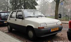 Renault 5 SL 1988 (XBXG) Tags: auto old france holland classic netherlands car amsterdam french automobile 5 1988 nederland super voiture renault sl frankrijk paysbas ancienne cinq renault5 r5 franaise supercinq tp41zs recinq