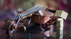 Danbo the violinist (Sabrou Yves Photograff) Tags: music bokeh barrel stradivarius violon a inexplore danboard