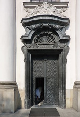 Krakov, kostel sv. Michaela na Skalce (8) (ladabar) Tags: portal kraków cracow cracovia krakau krakov portál