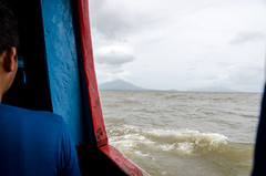 DSC_7025_LR (CharlieBro) Tags: 2016 centroamerica lagonicaragua nicaragua ometepe volcánconcepción bigwaves boat ferry island isola lago lake nave onde volcano vulcano