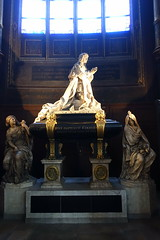 Tomb of Jean-Baptiste Colbert @ Eglise Saint-Eustache @ Paris (*_*) Tags: paris france europe city winter 2017 january eglisesainteustache church catholic christian tomb jeanbaptistecolbert