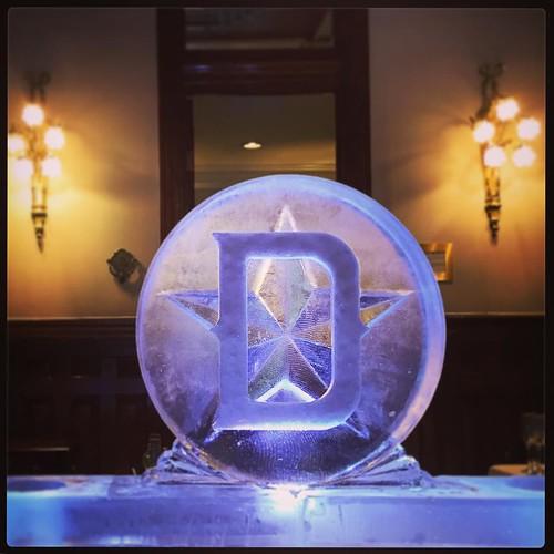 Sneak peek of a #champagne #icebar @thedriskill for their welcome #party for @pcmahq #fullspectrumice #austin #dmc #thinkoutsidetheblocks #brrriliant #eventprofs - Full Spectrum Ice Sculpture