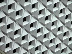 White Noise (Ed Sax) Tags: whitenoise muster pattern symmetrie diagonal weis schwarz raute quadrat salmi fassade weissesrauschen architektur architecture abstrakt abstract concrete beton 1970 edsax deutschland düsseldorf friedrichebert friedrichebertstrase